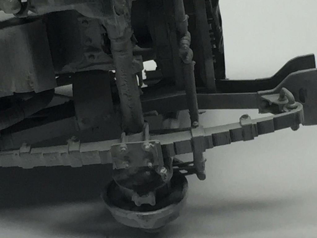 Jeep Willys en résine 3D au 1/24 et au 1/12 avec épave - Page 4 Img_4659