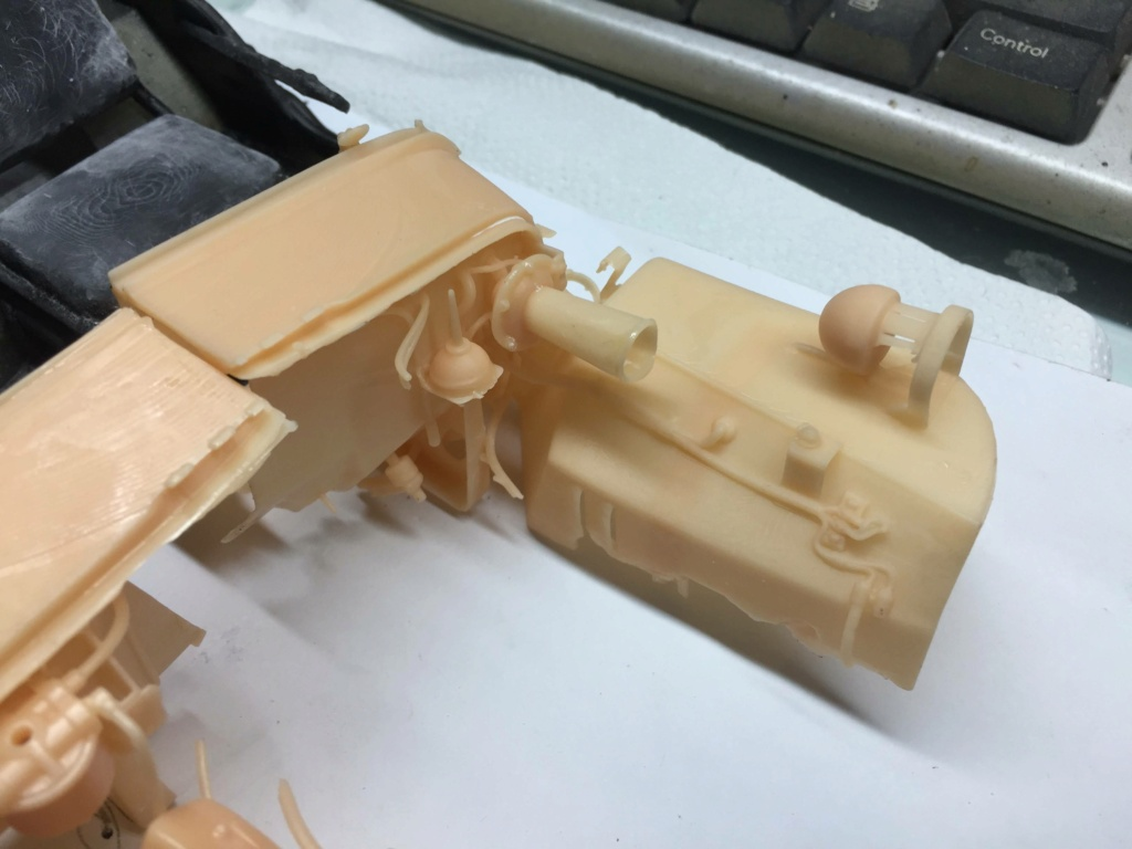 Jeep Willys en résine 3D au 1/24 et au 1/12 avec épave - Page 6 Img_5051