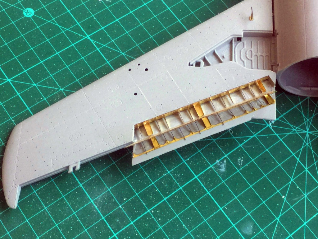 Mig 15 Trumpeter 1/32 - Page 3 Img_5817