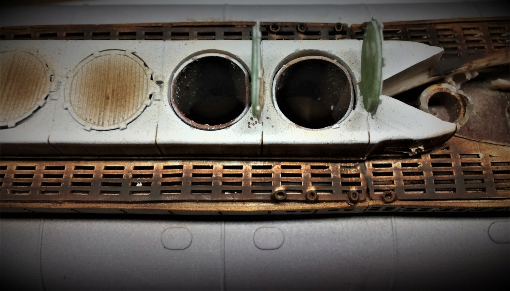 Sous-marin U-Boat VIID résine 3D au 1/100 - Page 9 Img_5834