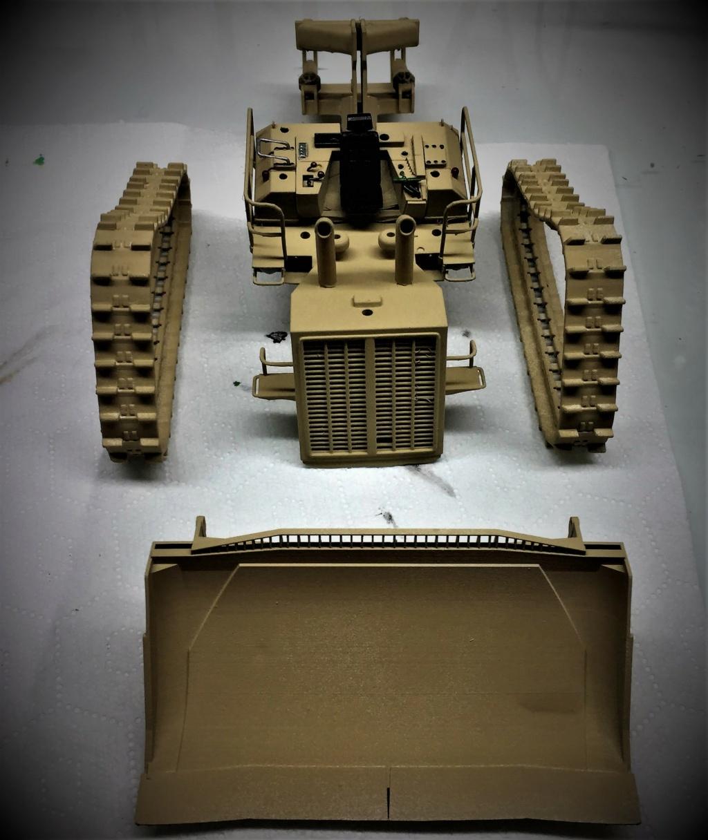 Bulldozer au 1/35 résine Img_5846