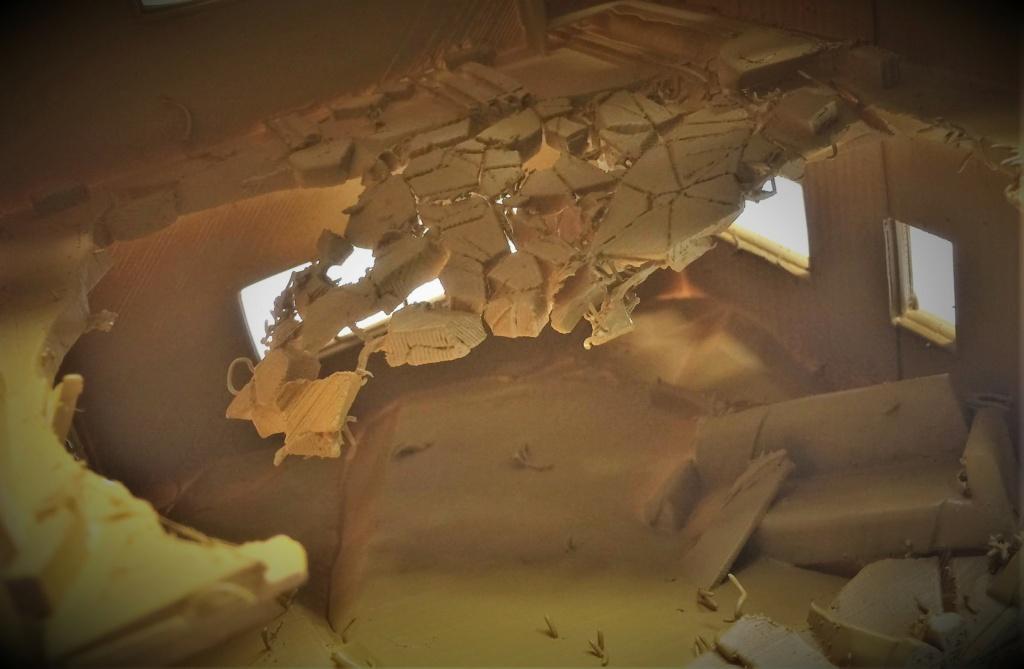 Maison en ruine au 1/35 Plastique fondu Img_5859