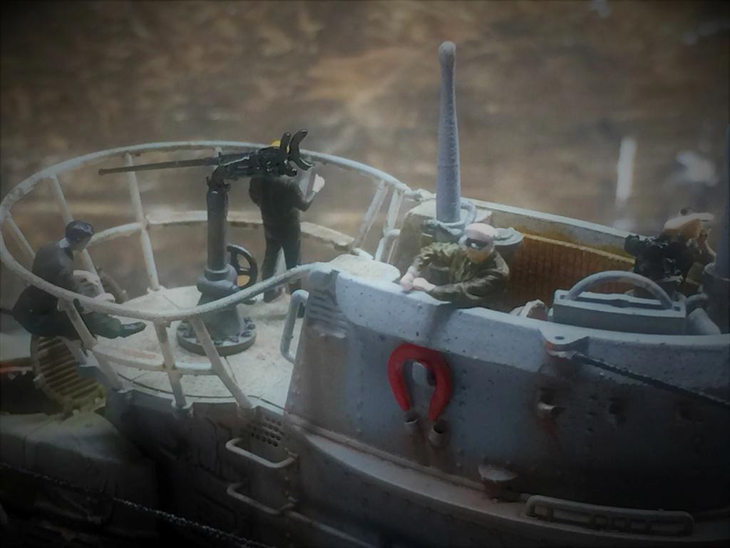Sous-marin U-Boat VIID résine 3D au 1/100 - Page 10 Img_5923