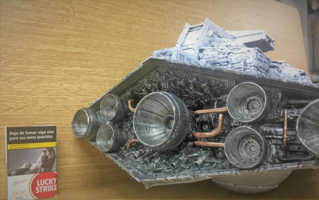 Destructeur Impérial grande taille plastique fondu Img_5937