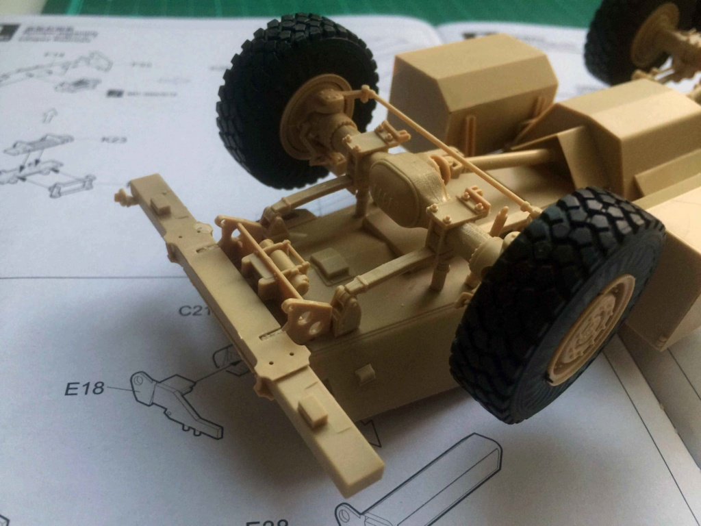 U.S. COUGAR 6X6 Mrap vehicle MENG 1/35 Termine Img_6210