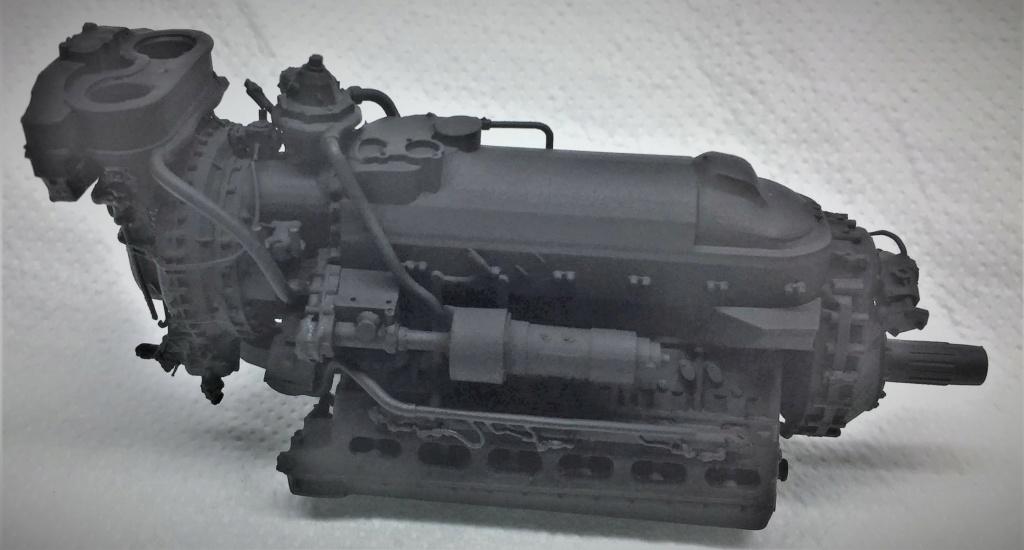 Rolls-Royce Merlin engine résine 1/24 Img_6452