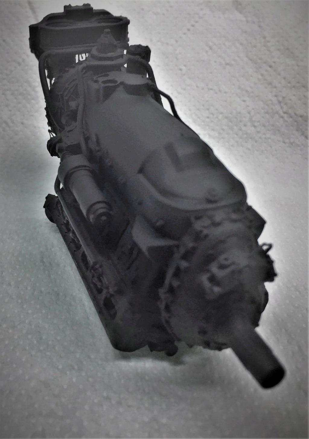 Rolls-Royce Merlin engine résine 1/24 Img_6453