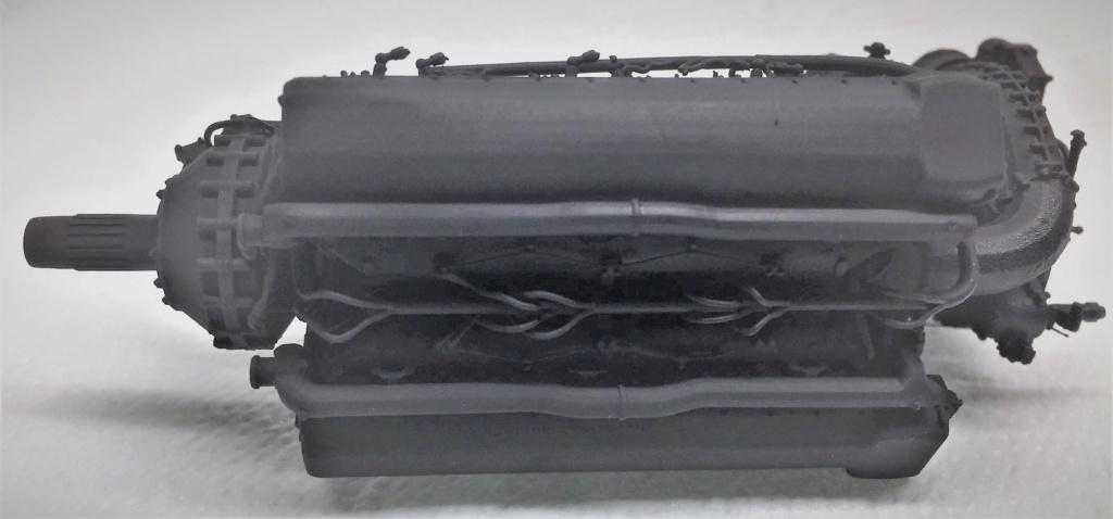 Rolls-Royce Merlin engine résine 1/24 Img_6455