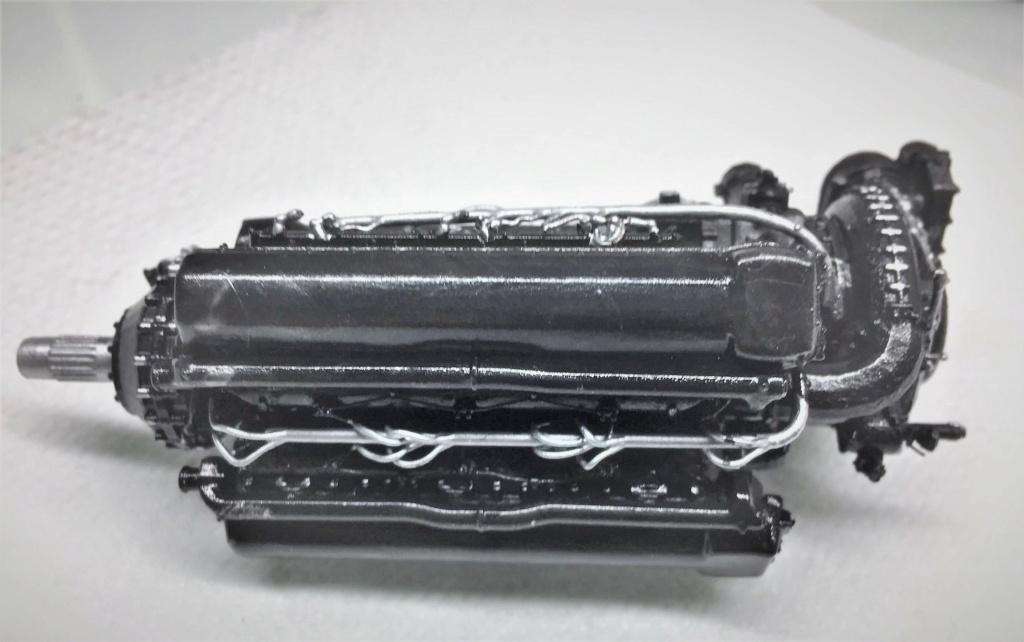 Rolls-Royce Merlin engine résine 1/24 Img_6458