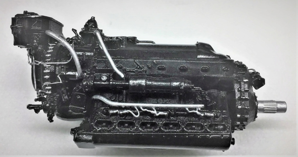 Rolls-Royce Merlin engine résine 1/24 Img_6459