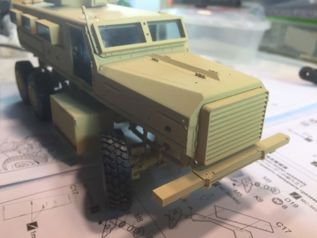 U.S. COUGAR 6X6 Mrap vehicle MENG 1/35 - Page 2 Img_6822