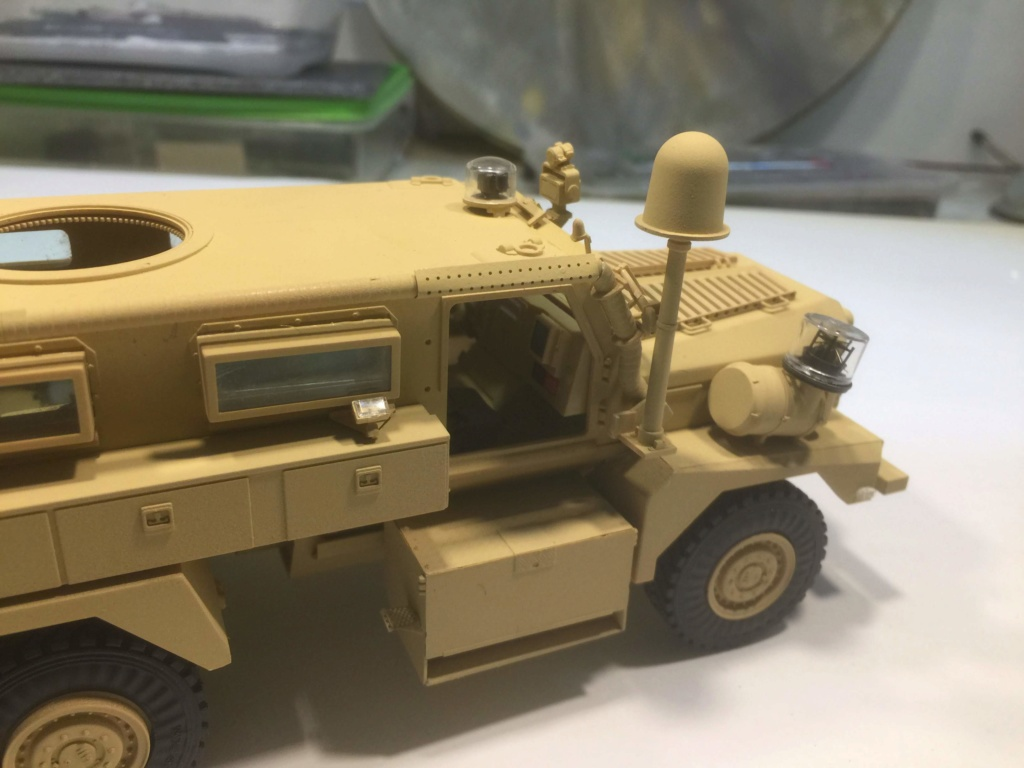 U.S. COUGAR 6X6 Mrap vehicle MENG 1/35 - Page 2 Img_6824