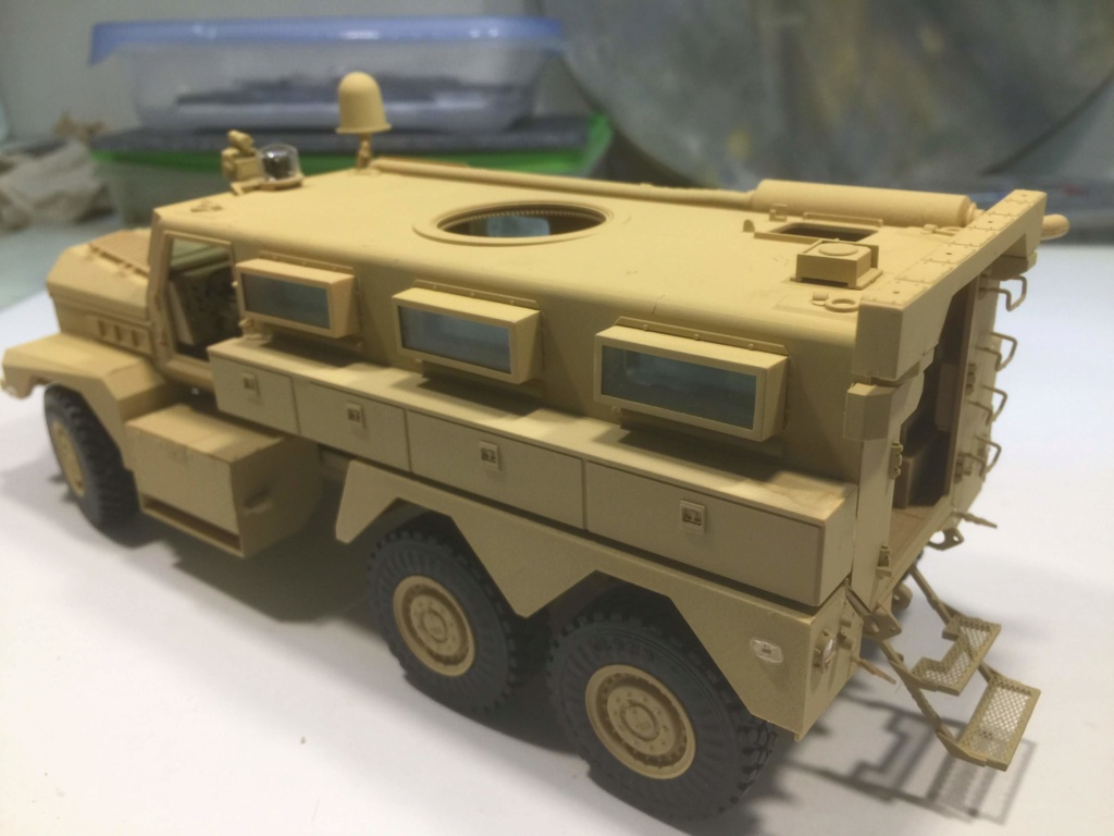 U.S. COUGAR 6X6 Mrap vehicle MENG 1/35 - Page 2 Img_6832