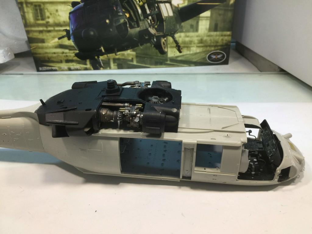 """MH-60L """" Black Hawk """" KITTY HAWK 1/35 - Page 2 Img_7310"""