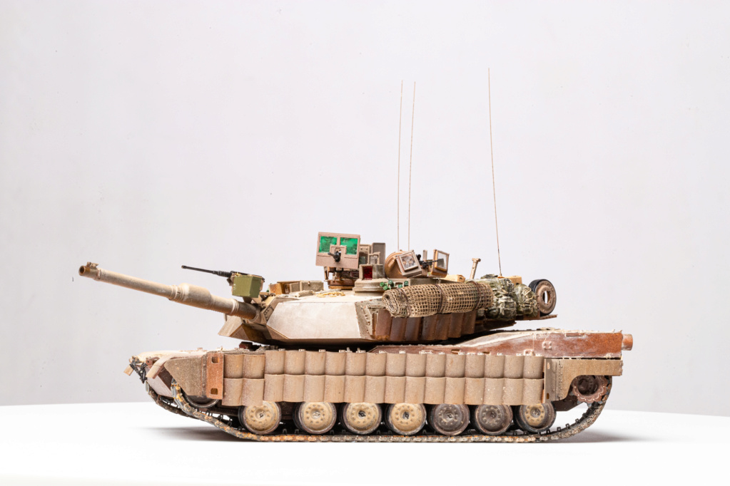 M1A2 Abrams Tusk MENG 1/35 Termine - Page 4 Img_7612