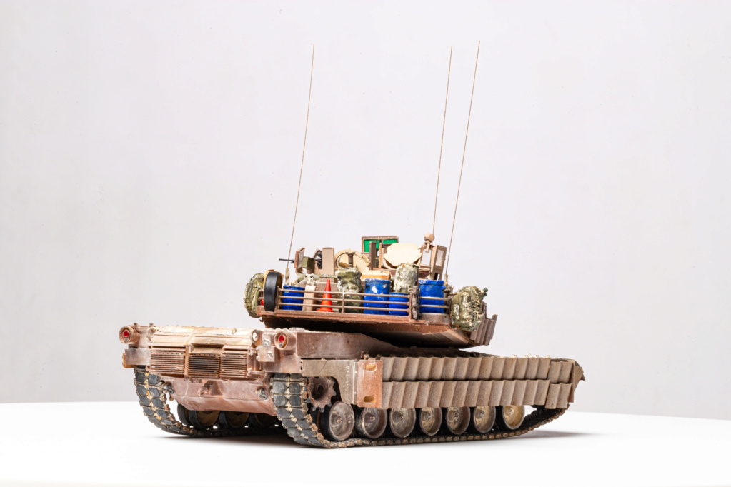 M1A2 Abrams Tusk MENG 1/35 Termine - Page 4 Img_7615