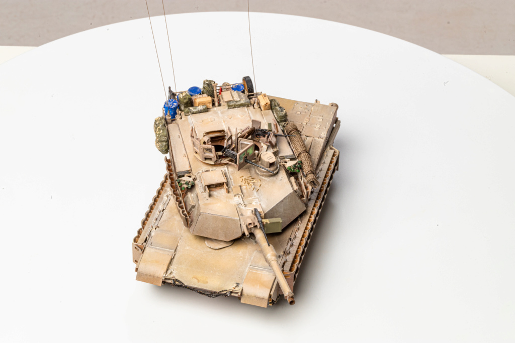 M1A2 Abrams Tusk MENG 1/35 Termine - Page 4 Img_7616