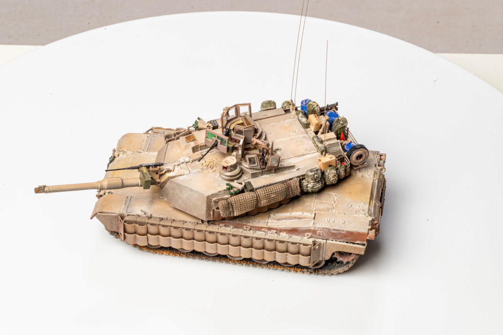 M1A2 Abrams Tusk MENG 1/35 Termine - Page 4 Img_7618