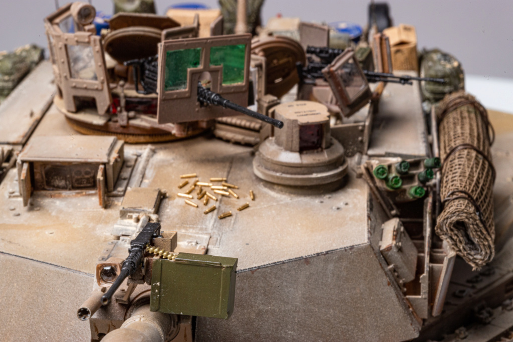 M1A2 Abrams Tusk MENG 1/35 Termine - Page 4 Img_7621