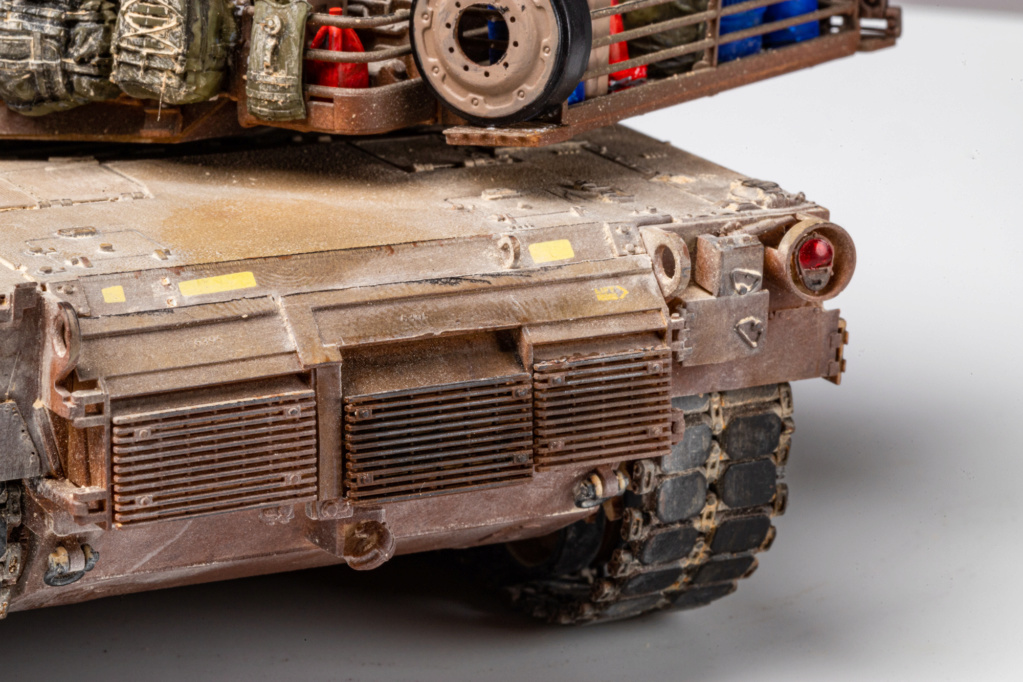 M1A2 Abrams Tusk MENG 1/35 Termine - Page 4 Img_7622
