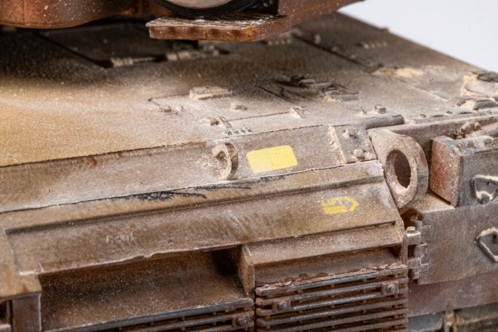 M1A2 Abrams Tusk MENG 1/35 Termine - Page 4 Img_7624