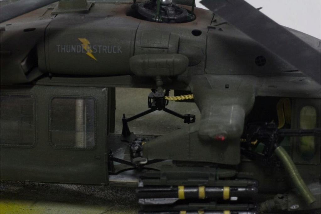 """MH-60L """" Black Hawk """" KITTY HAWK 1/35 - Page 3 Img_7811"""