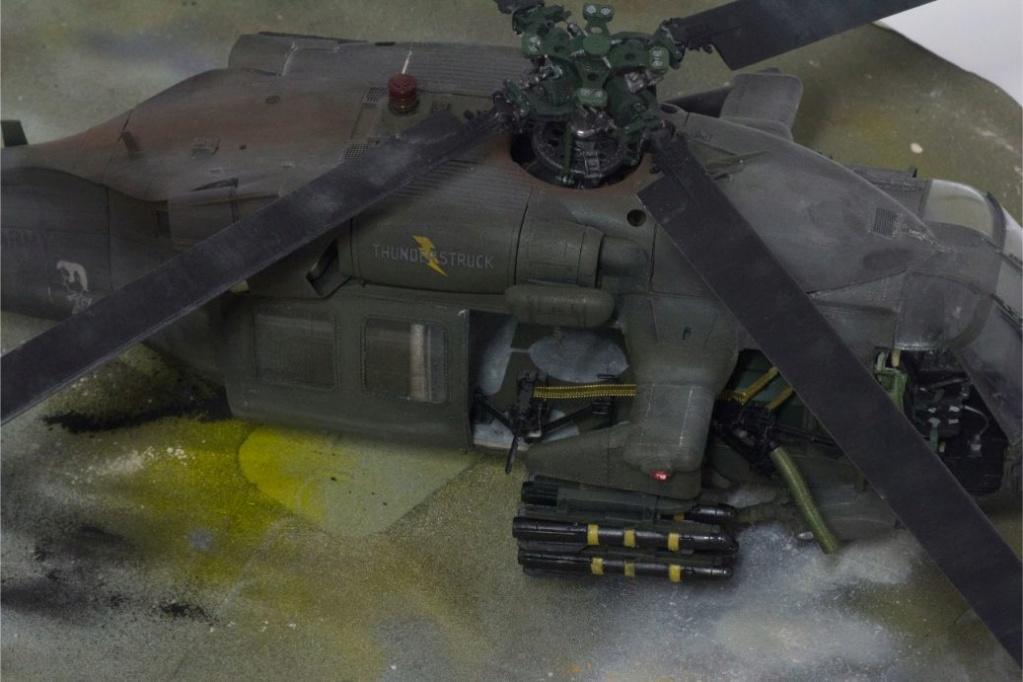 """MH-60L """" Black Hawk """" KITTY HAWK 1/35 - Page 3 Img_7812"""