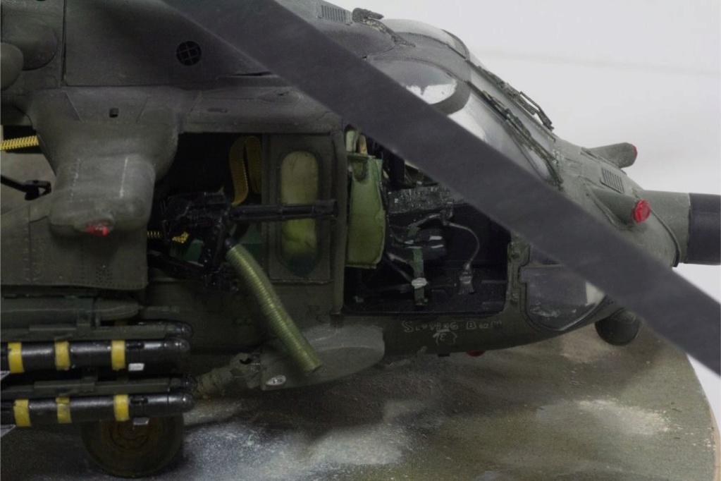 """MH-60L """" Black Hawk """" KITTY HAWK 1/35 - Page 3 Img_7813"""