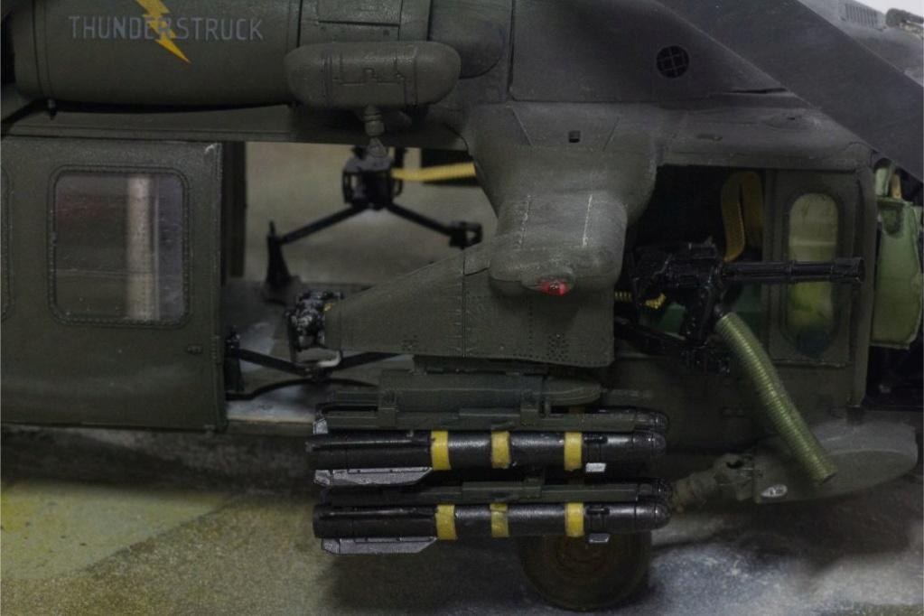 """MH-60L """" Black Hawk """" KITTY HAWK 1/35 - Page 3 Img_7815"""