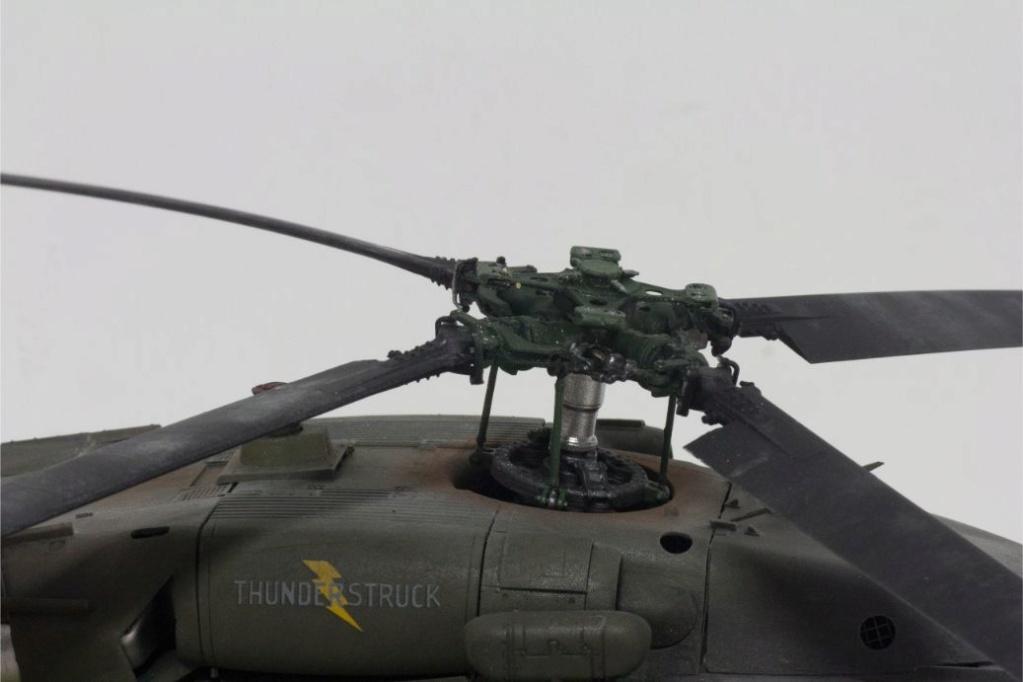"""MH-60L """" Black Hawk """" KITTY HAWK 1/35 - Page 3 Img_7912"""