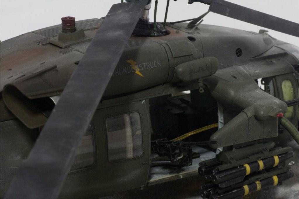 """MH-60L """" Black Hawk """" KITTY HAWK 1/35 - Page 3 Img_7917"""