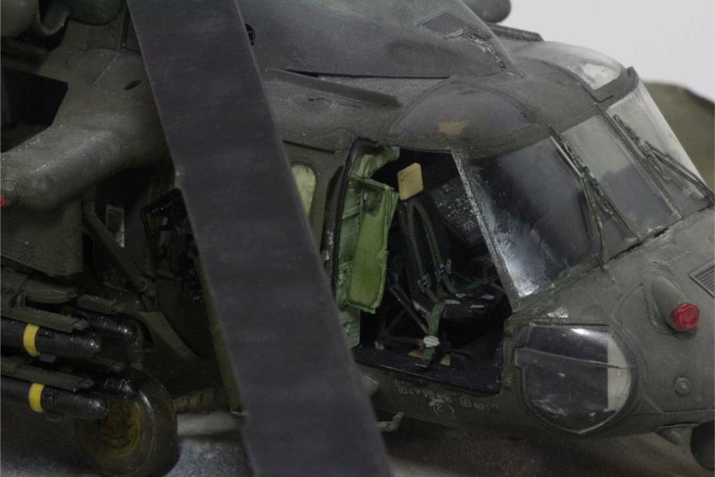 """MH-60L """" Black Hawk """" KITTY HAWK 1/35 - Page 3 Img_7918"""