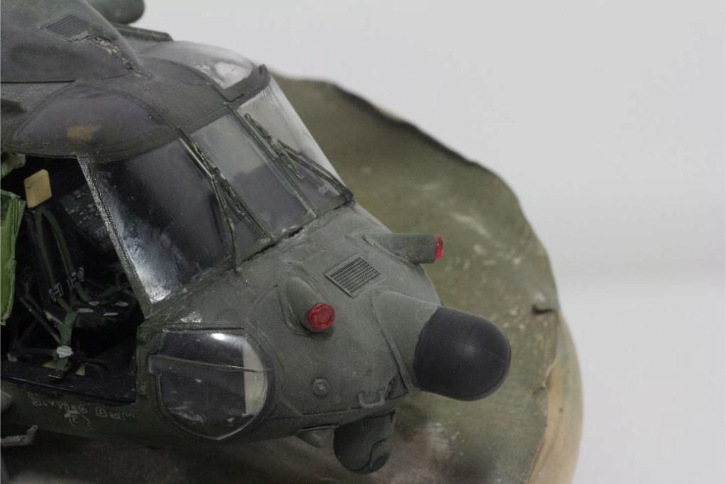 """MH-60L """" Black Hawk """" KITTY HAWK 1/35 - Page 3 Img_7919"""