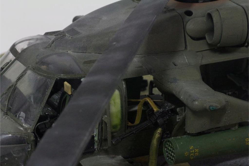"""MH-60L """" Black Hawk """" KITTY HAWK 1/35 - Page 3 Img_7929"""