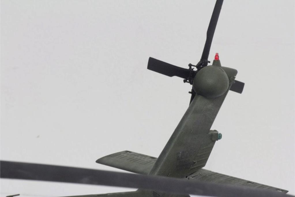 """MH-60L """" Black Hawk """" KITTY HAWK 1/35 - Page 3 Img_7930"""