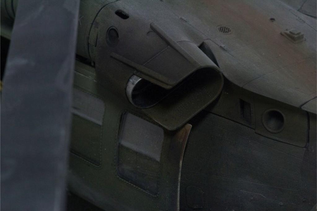 """MH-60L """" Black Hawk """" KITTY HAWK 1/35 - Page 3 Img_7937"""