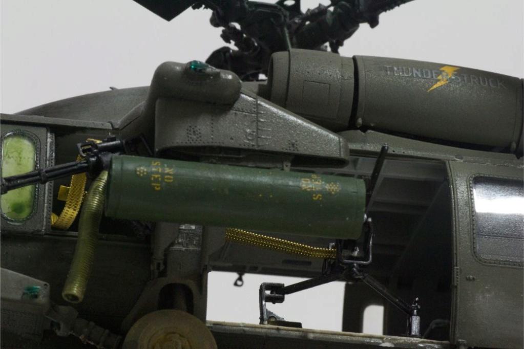 """MH-60L """" Black Hawk """" KITTY HAWK 1/35 - Page 3 Img_7946"""
