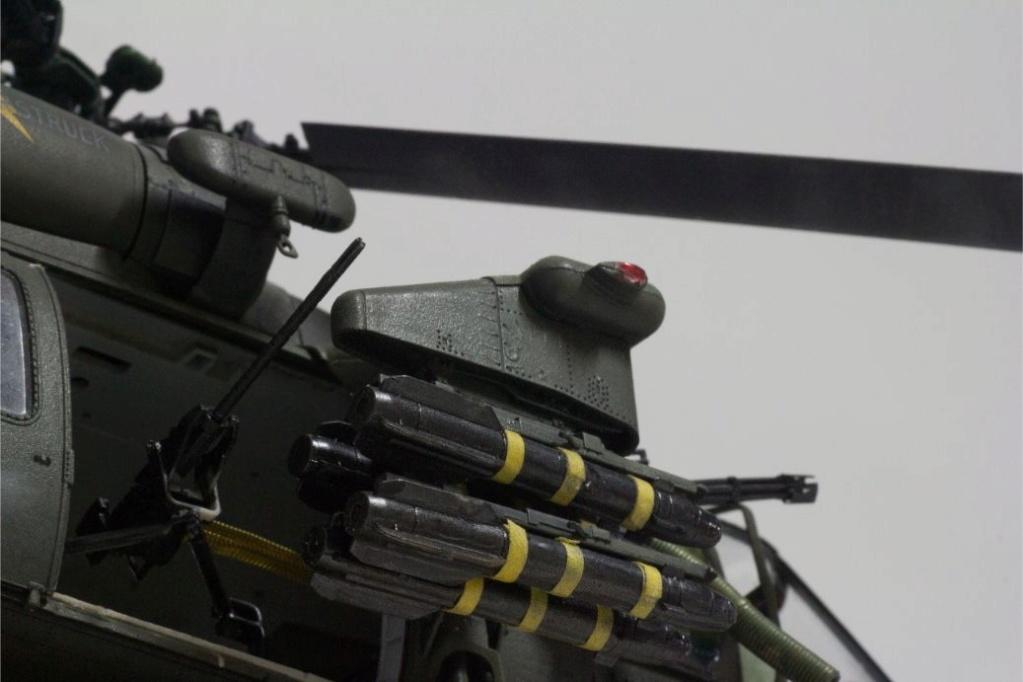 """MH-60L """" Black Hawk """" KITTY HAWK 1/35 - Page 3 Img_7950"""