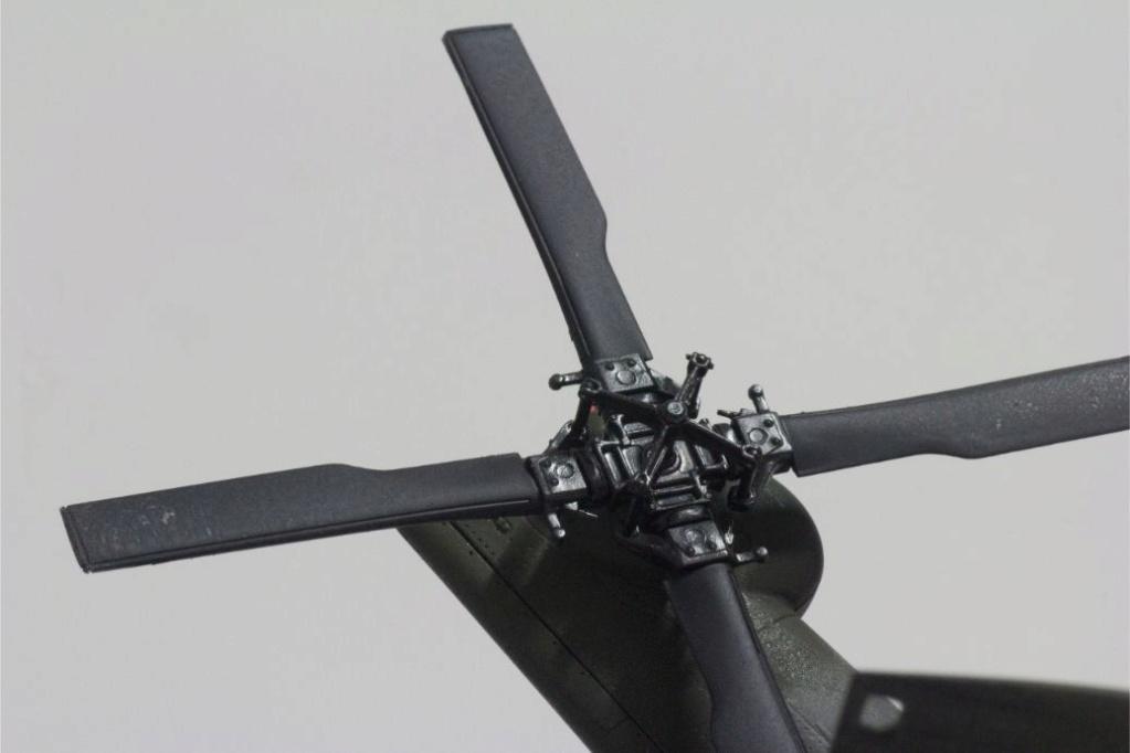 """MH-60L """" Black Hawk """" KITTY HAWK 1/35 - Page 3 Img_7951"""