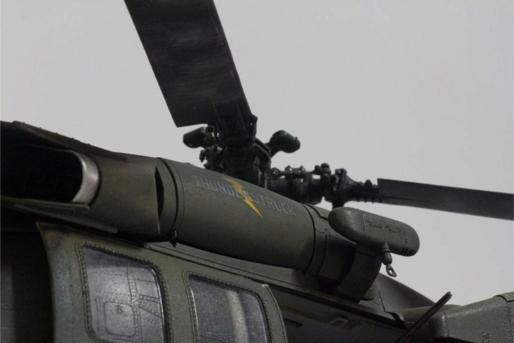 """MH-60L """" Black Hawk """" KITTY HAWK 1/35 - Page 3 Img_7953"""