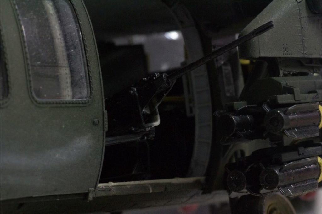 """MH-60L """" Black Hawk """" KITTY HAWK 1/35 - Page 3 Img_7954"""