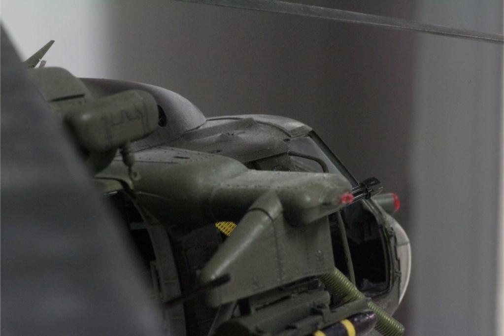 """MH-60L """" Black Hawk """" KITTY HAWK 1/35 - Page 3 Img_7957"""