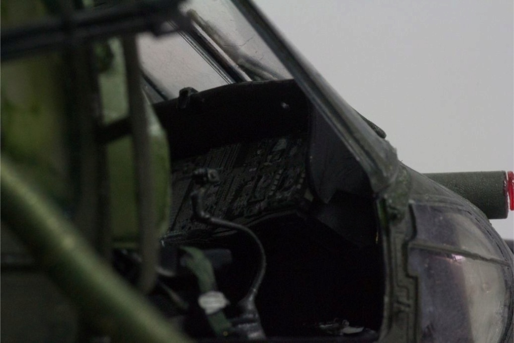 """MH-60L """" Black Hawk """" KITTY HAWK 1/35 - Page 3 Img_7958"""