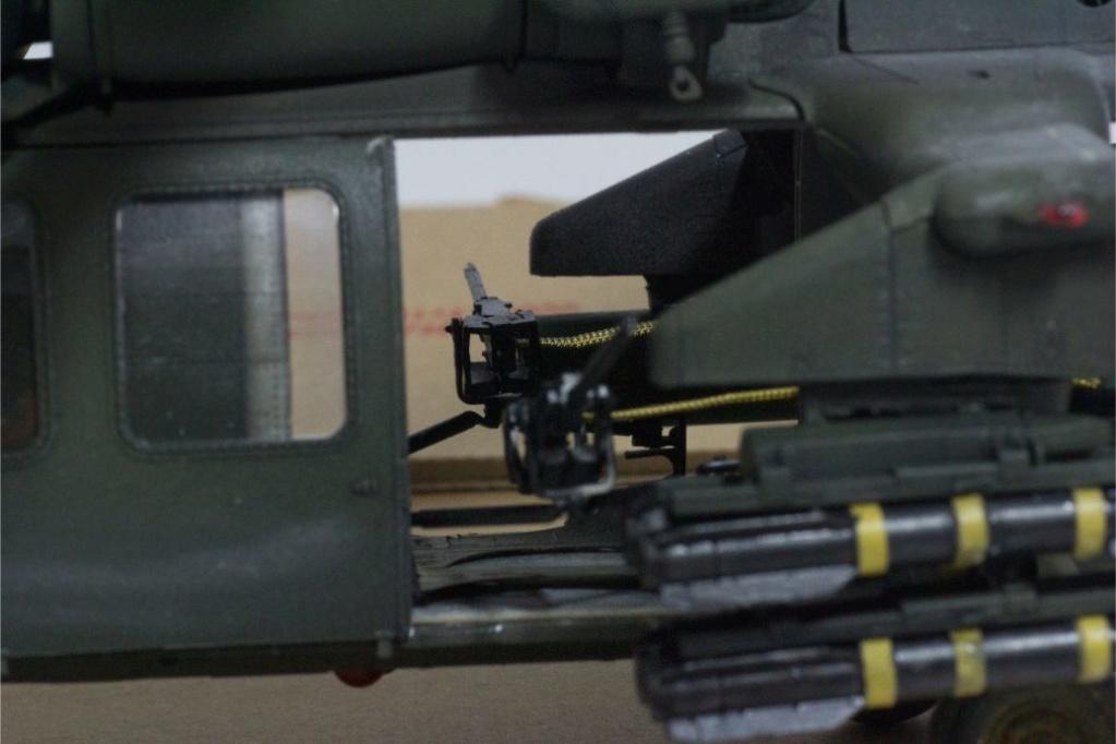 """MH-60L """" Black Hawk """" KITTY HAWK 1/35 - Page 3 Img_7961"""
