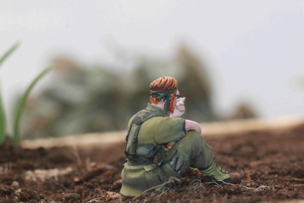 Soldats U.S Vietnam. 1/35 Verlinden Bravo 6   Fini - Page 6 Img_8433