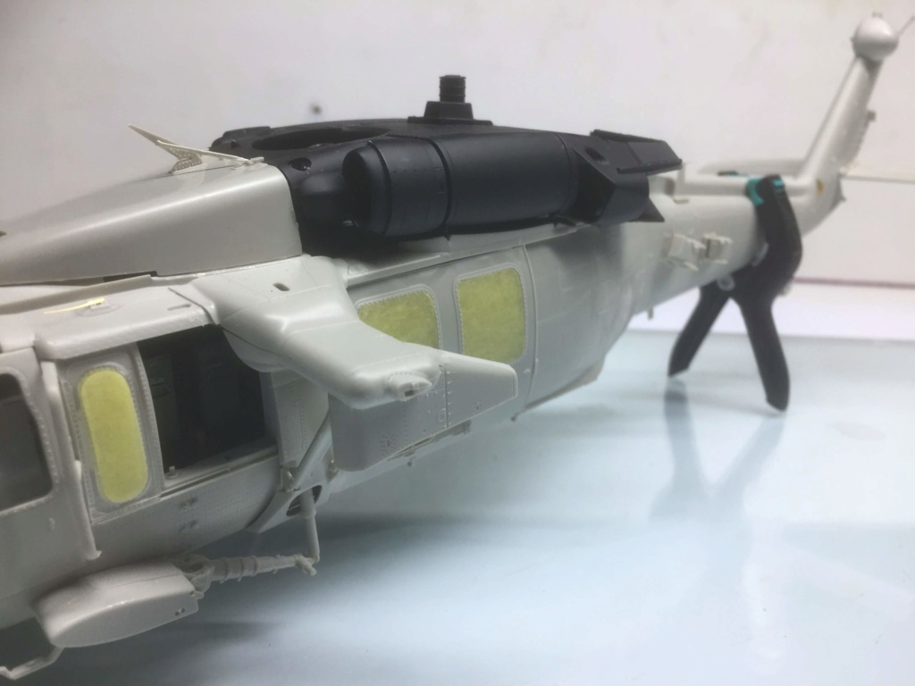 """MH-60L """" Black Hawk """" KITTY HAWK 1/35 - Page 2 Img_8723"""