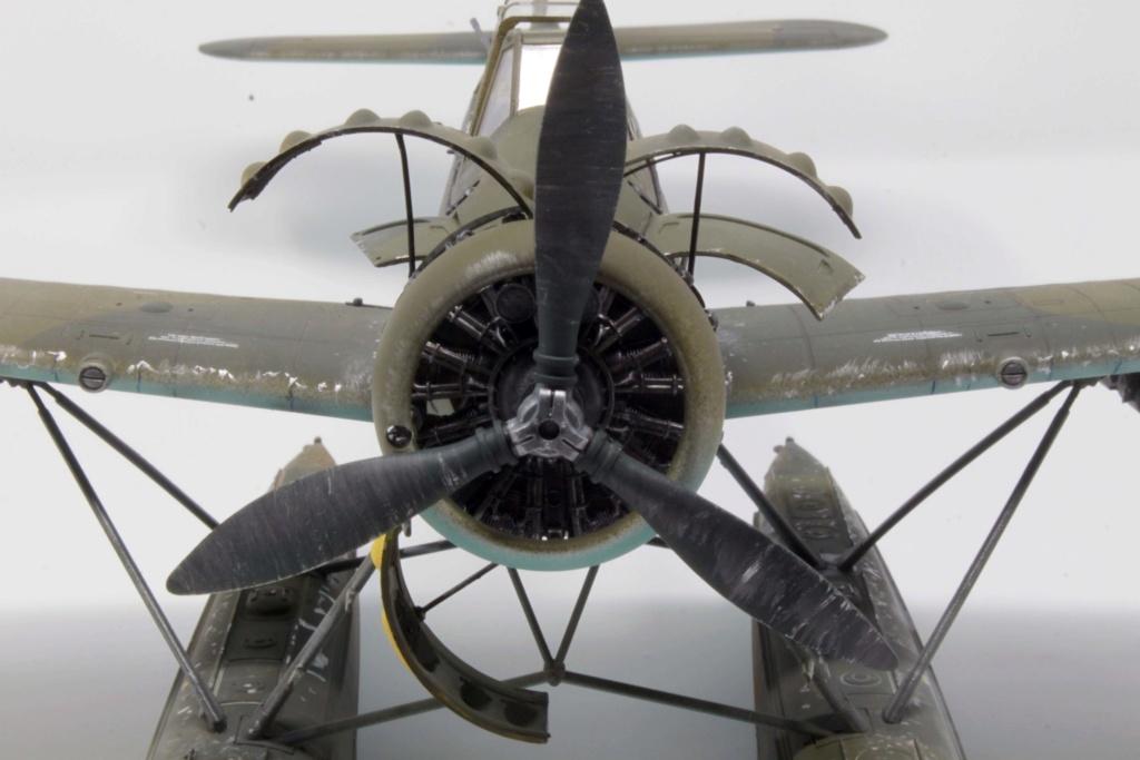Arado Ar 196A-3 Seaplane - Revell - 1/32 - Page 8 Img_8923