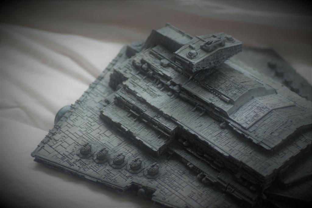 Destructeur Impérial grande taille plastique fondu Img_9035