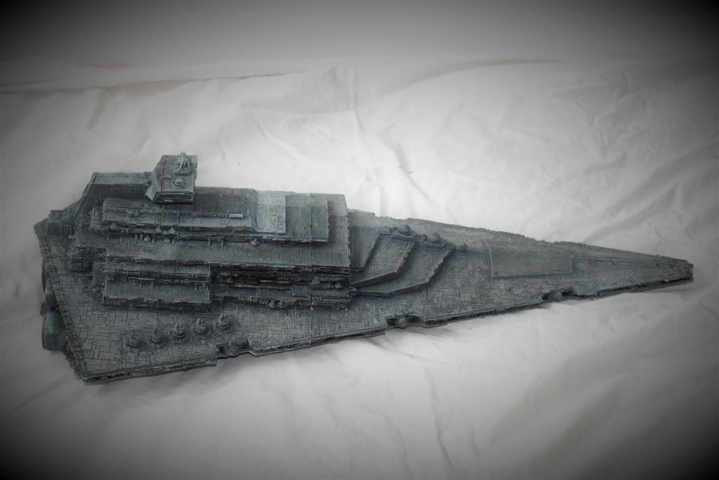 Destructeur Impérial grande taille plastique fondu Img_9045