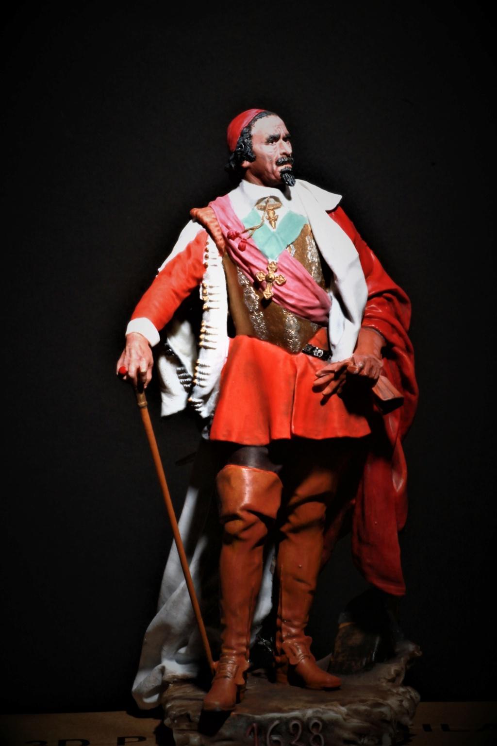 Armand Jean du Plessis Duc de Richelieu Résine 3D ( 12cm ) Terminé Img_9118